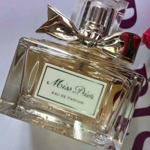 Nước-hoa-miss-dior-eau-de-parfum